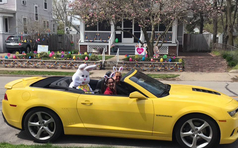 IPNA-easter-bunny-convertible-2020April