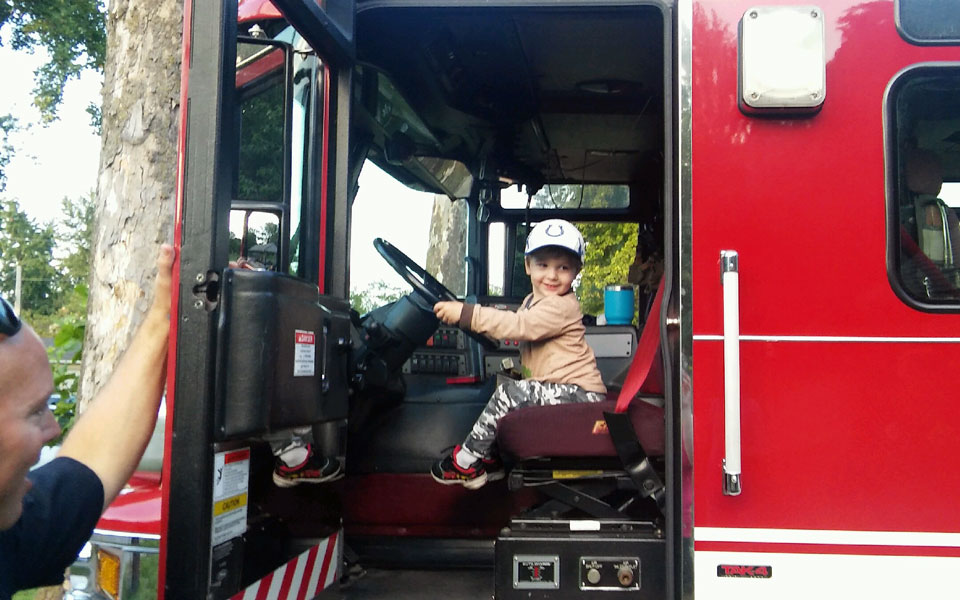 National Night Out 2017 Iles Park Harvard Park firetruck